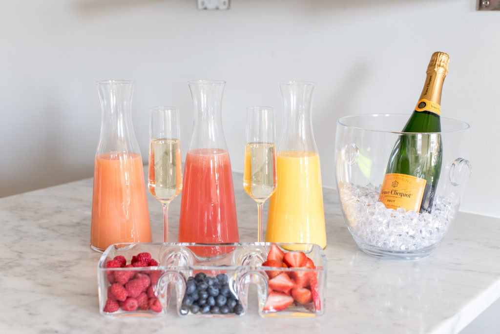DIY mimosa bar, mimosas, champagne, champagne cocktail, hostess