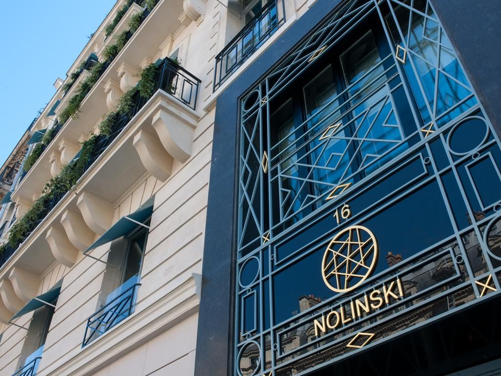 where to stay in Paris, hotel nolinski, hotel nolinski review, hotels in paris, hotels near the louvre, boutique hotels in Paris, best boutique hotels in Paris